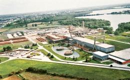 Stabilimento di Mantova, impianto progettato da Pier Luigi Nervi (1962)